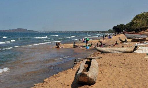 http://www.afrique7.com/wp-content/uploads/2012/11/Une-exploitation-commune-du-lac-Malawi.jpeg
