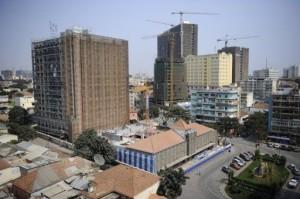 Angola adoption du budget 2013