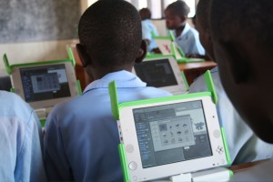 One_Laptop_per_Child_at_Kagugu_Primary_School,_Kigali,_Rwanda-19Sept2009