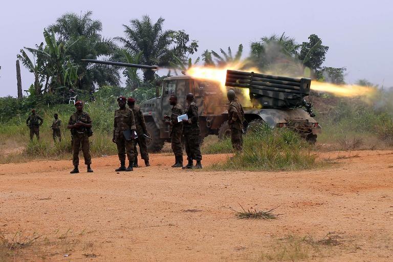des-soldats-de-la-rdc-lancent-un-missile-contre-des-rebelles