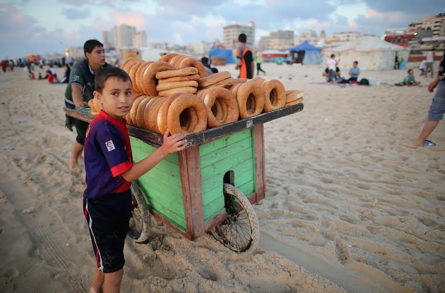la tunisie engage une nouvelle bataille contre le travail des enfants afrique7 l info du. Black Bedroom Furniture Sets. Home Design Ideas