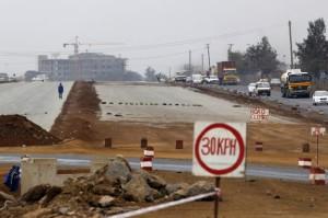 1411328_7_37fe_un-chantier-d-autoroute-pres-de-nairobi