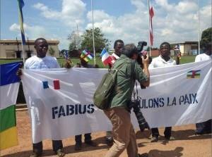 ob_0802f5_accueil-de-fabius-a-bangui