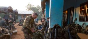 des-soldats-francais-sur-la-base-de-bossembele-en-centrafrique-le-7-decembre-2013_4553656