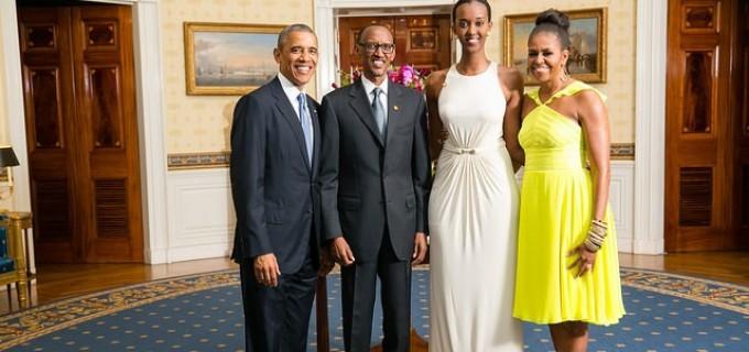 Le-couple-Obama-avec-le-president-Paul-Kagame