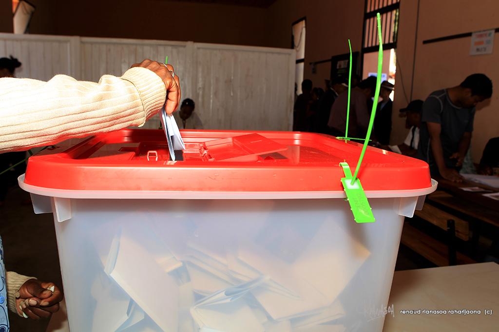 malgache-elections-mutisme